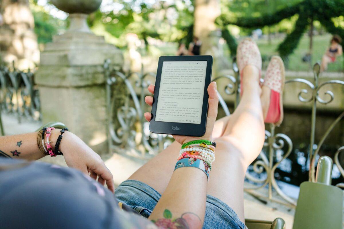 電子書籍で小説を読むメリット3つ